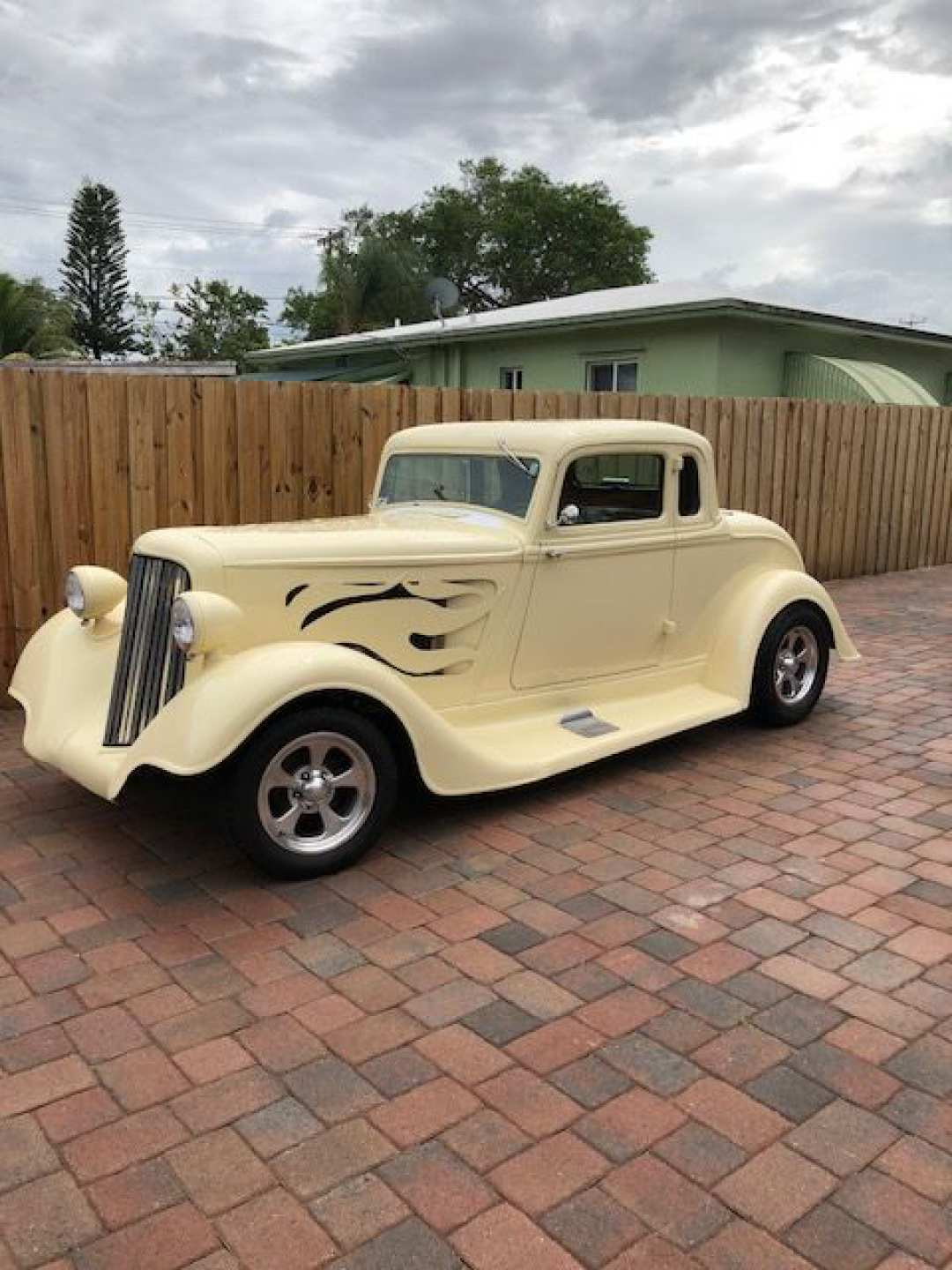 2nd Image of a 1934 PLYMOUTH 5 WINDOW COUPE
