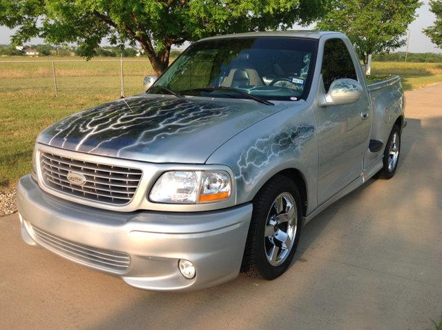 5th Image of a 2002 FORD LIGHTNING
