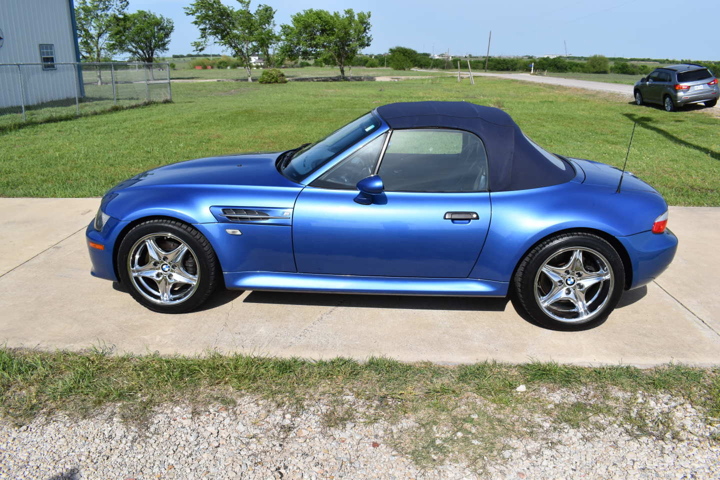3rd Image of a 2000 BMW ROADSTER