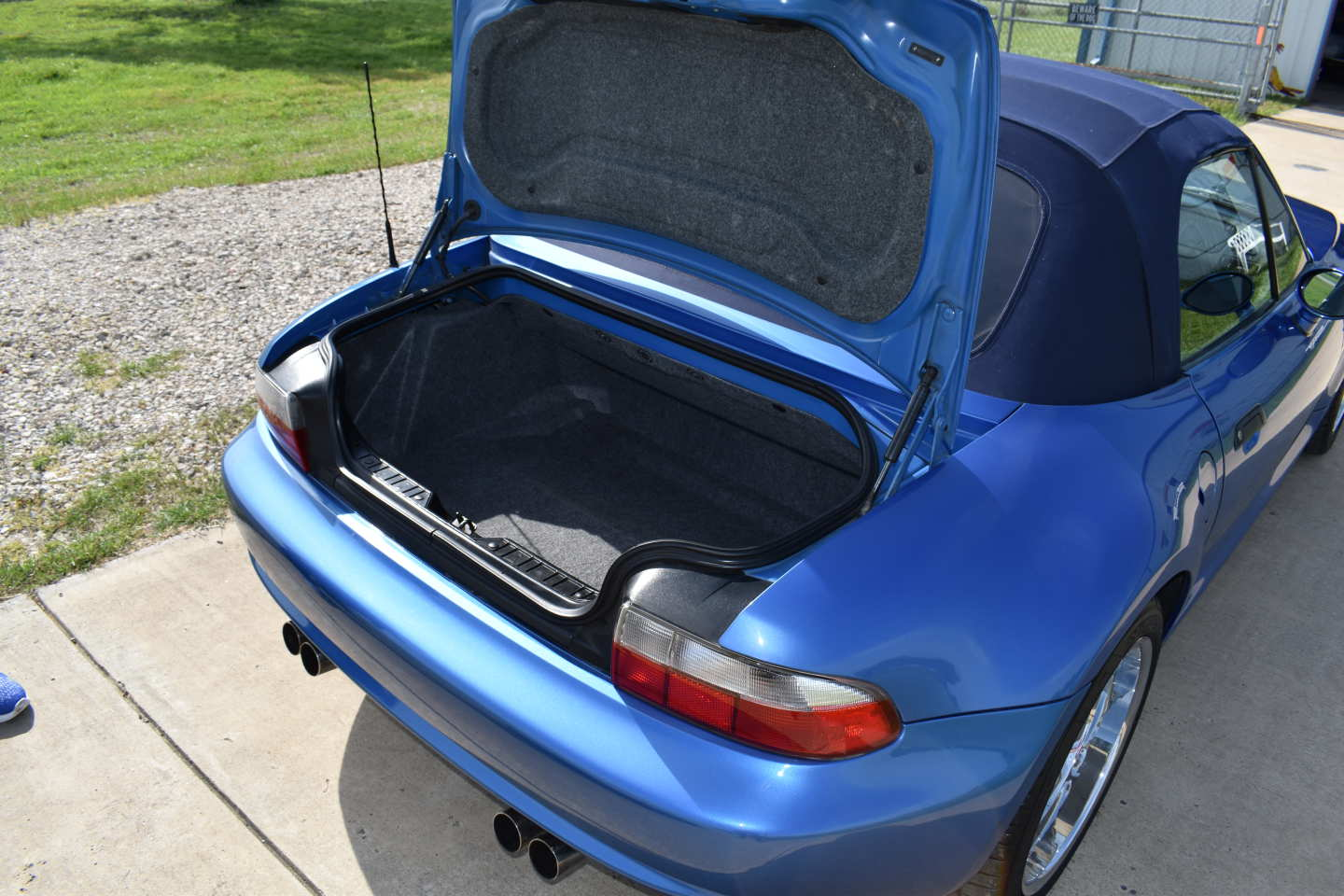8th Image of a 2000 BMW ROADSTER