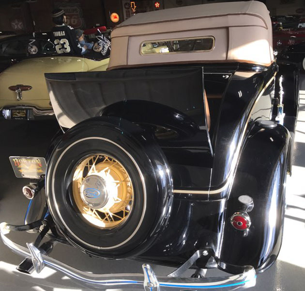 8th Image of a 1934 FORD ROADSTER CABRIOLET