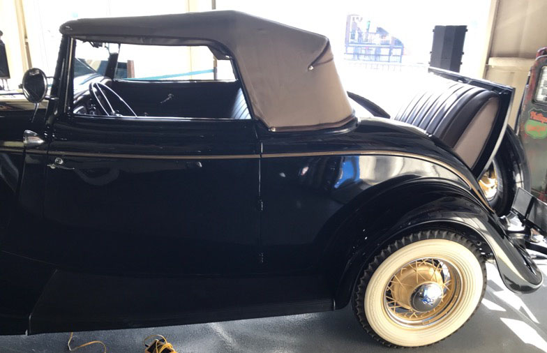 6th Image of a 1934 FORD ROADSTER CABRIOLET