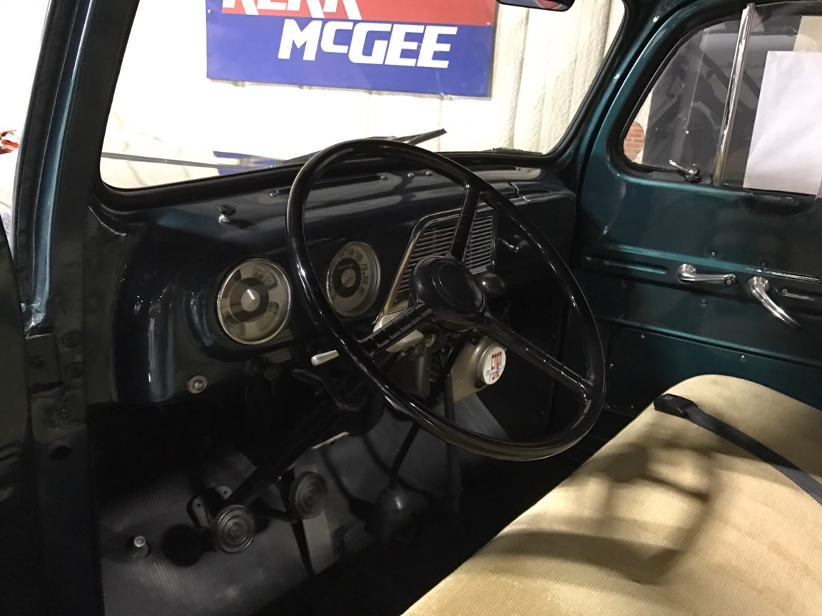 3rd Image of a 1951 FORD F3
