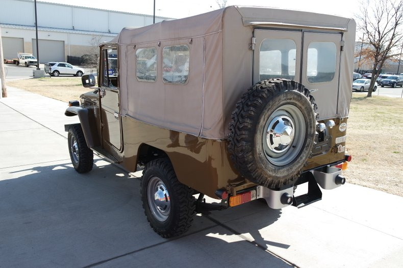 5th Image of a 1980 TOYOTA FJ43 LAND CRUISER