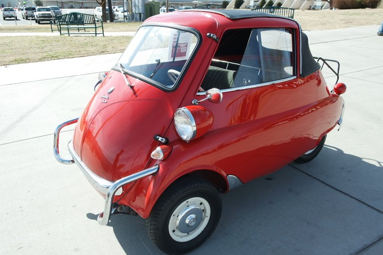 1st Image of a 1958 BMW ISETTA 300