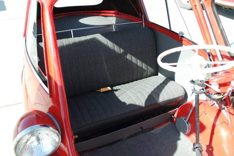 3rd Image of a 1958 BMW ISETTA 300