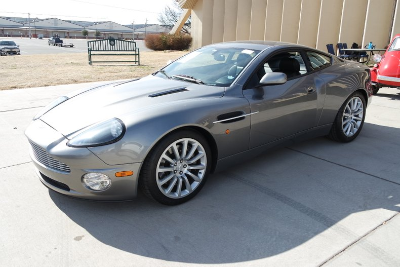 2nd Image of a 2003 ASTON MARTIN VANQUISH