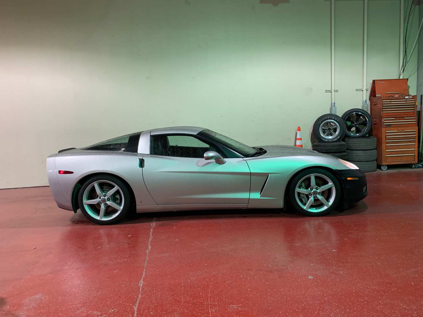 3rd Image of a 2006 CHEVROLET CORVETTE