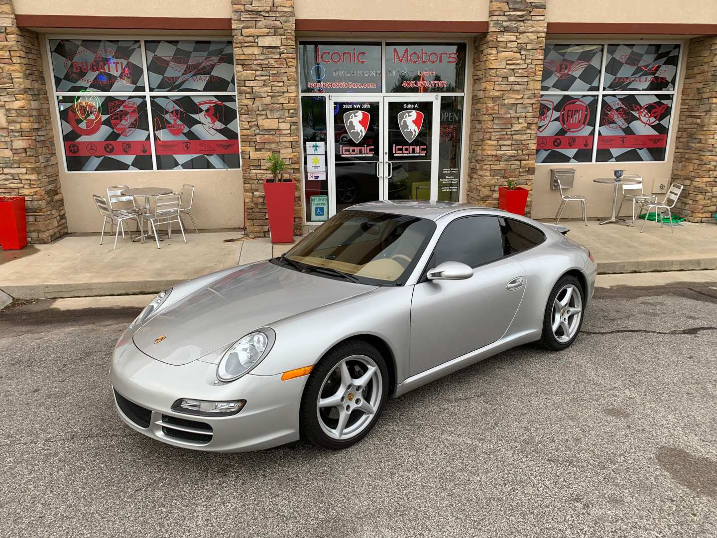 4th Image of a 2006 PORSCHE 911