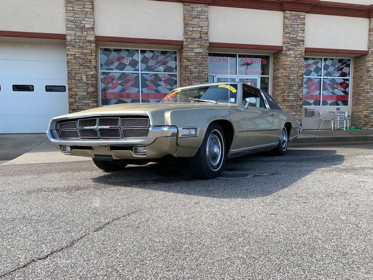 13th Image of a 1969 FORD THUNDERBIRD