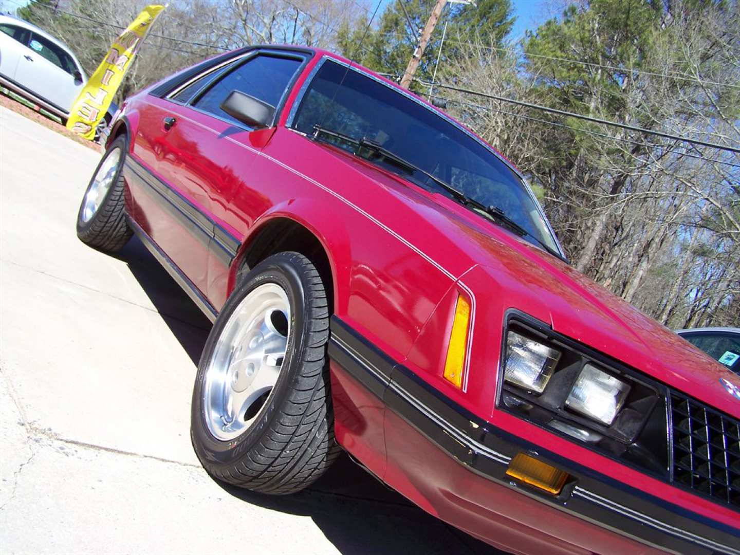 3rd Image of a 1981 FORD MUSTANG