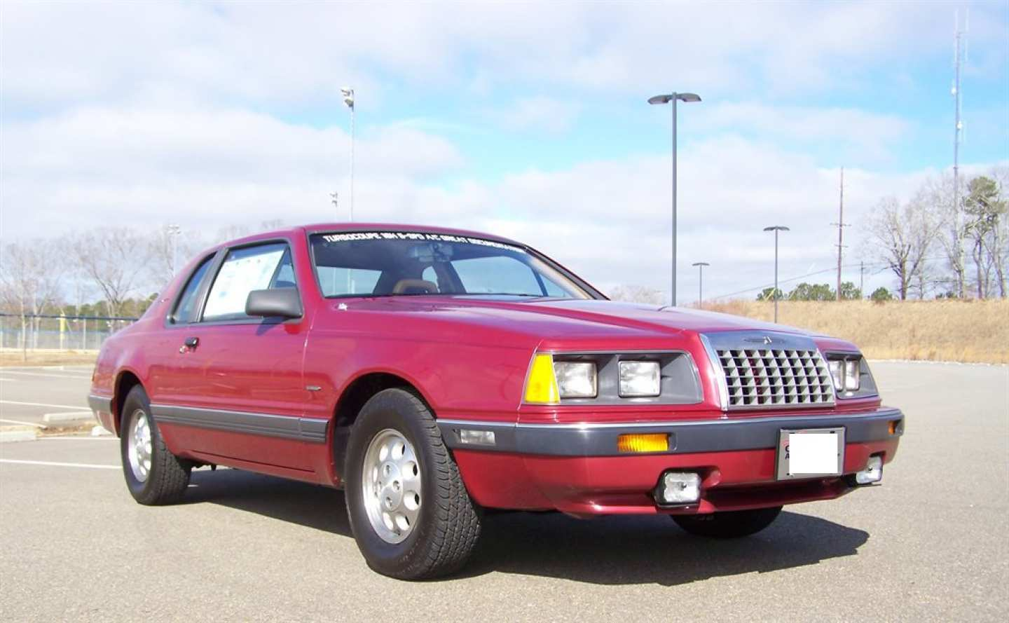 1st Image of a 1984 FORD THUNDERBIRD