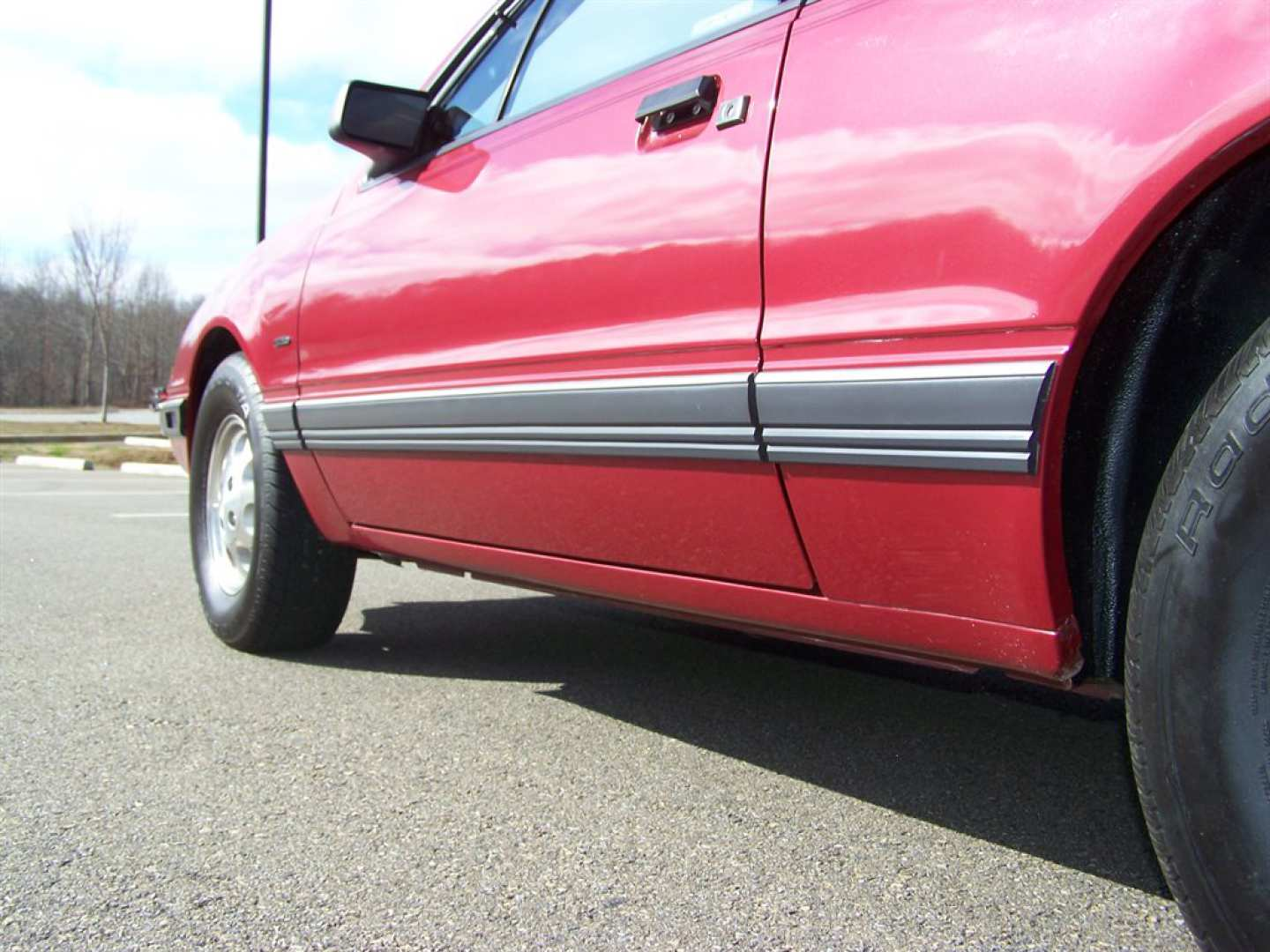 60th Image of a 1984 FORD THUNDERBIRD