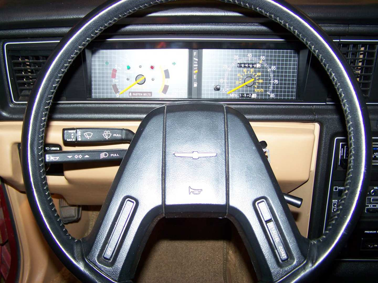 38th Image of a 1984 FORD THUNDERBIRD