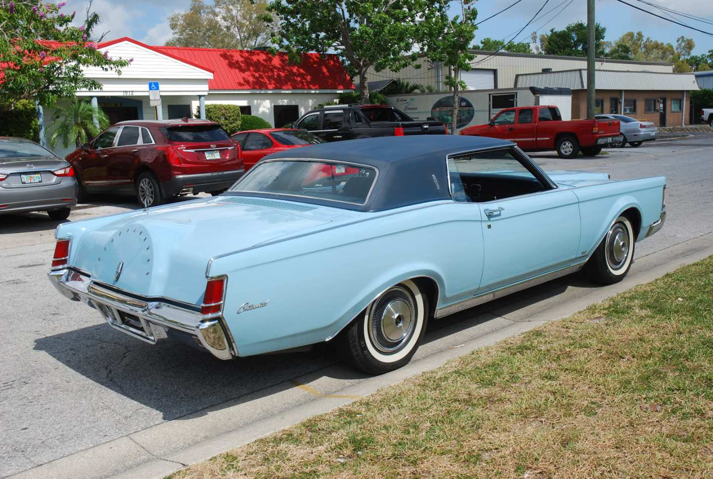 4th Image of a 1970 LINCOLN MARK III