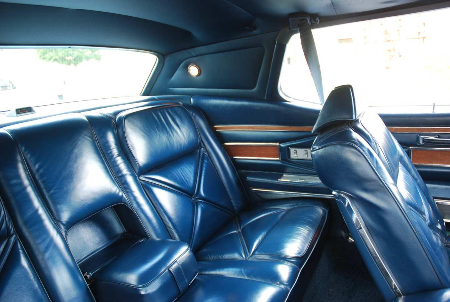 3rd Image of a 1970 LINCOLN MARK III