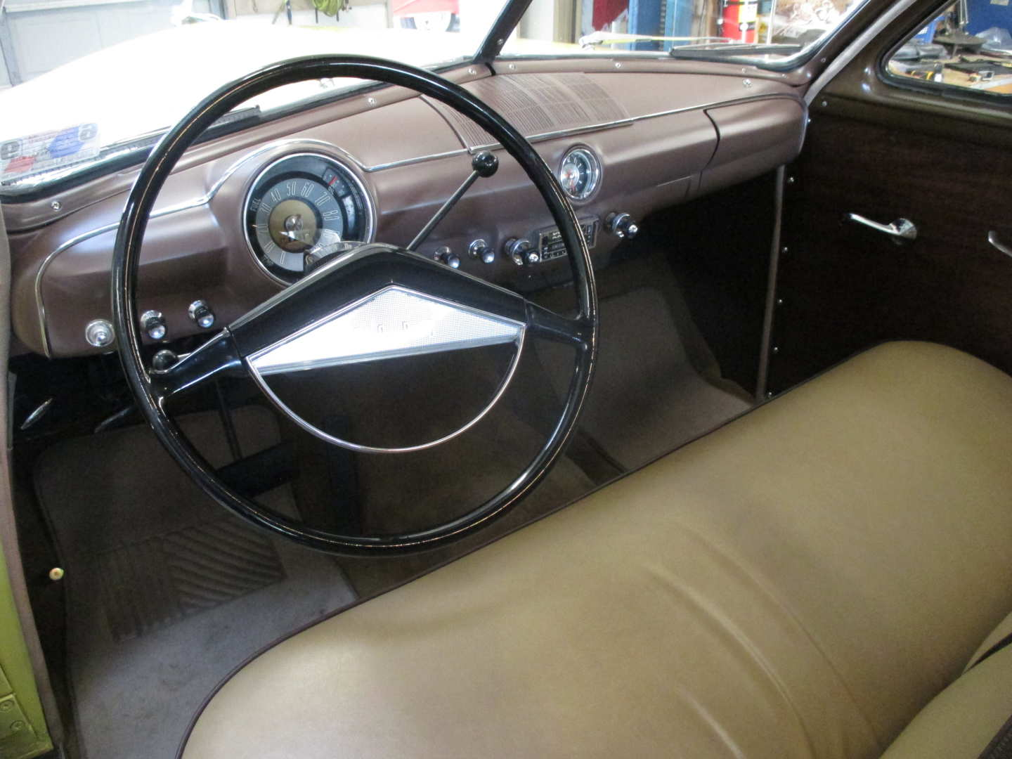 2nd Image of a 1951 FORD COUNTRY SQUIRE