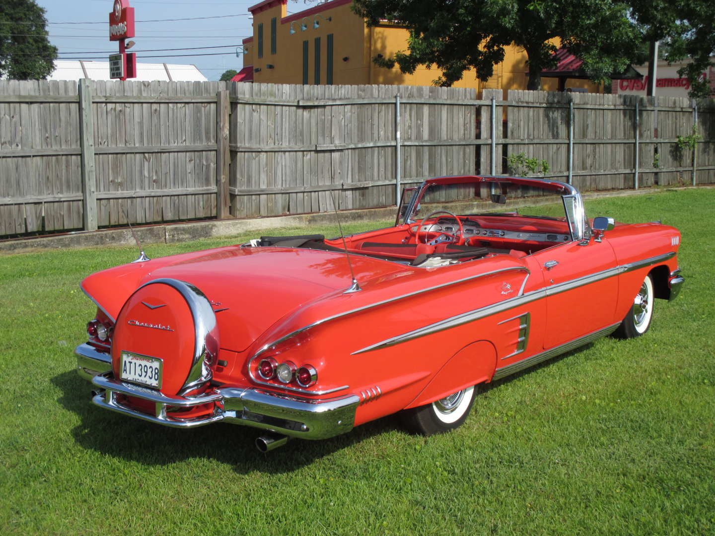 3rd Image of a 1958 CHEVROLET IMPALA