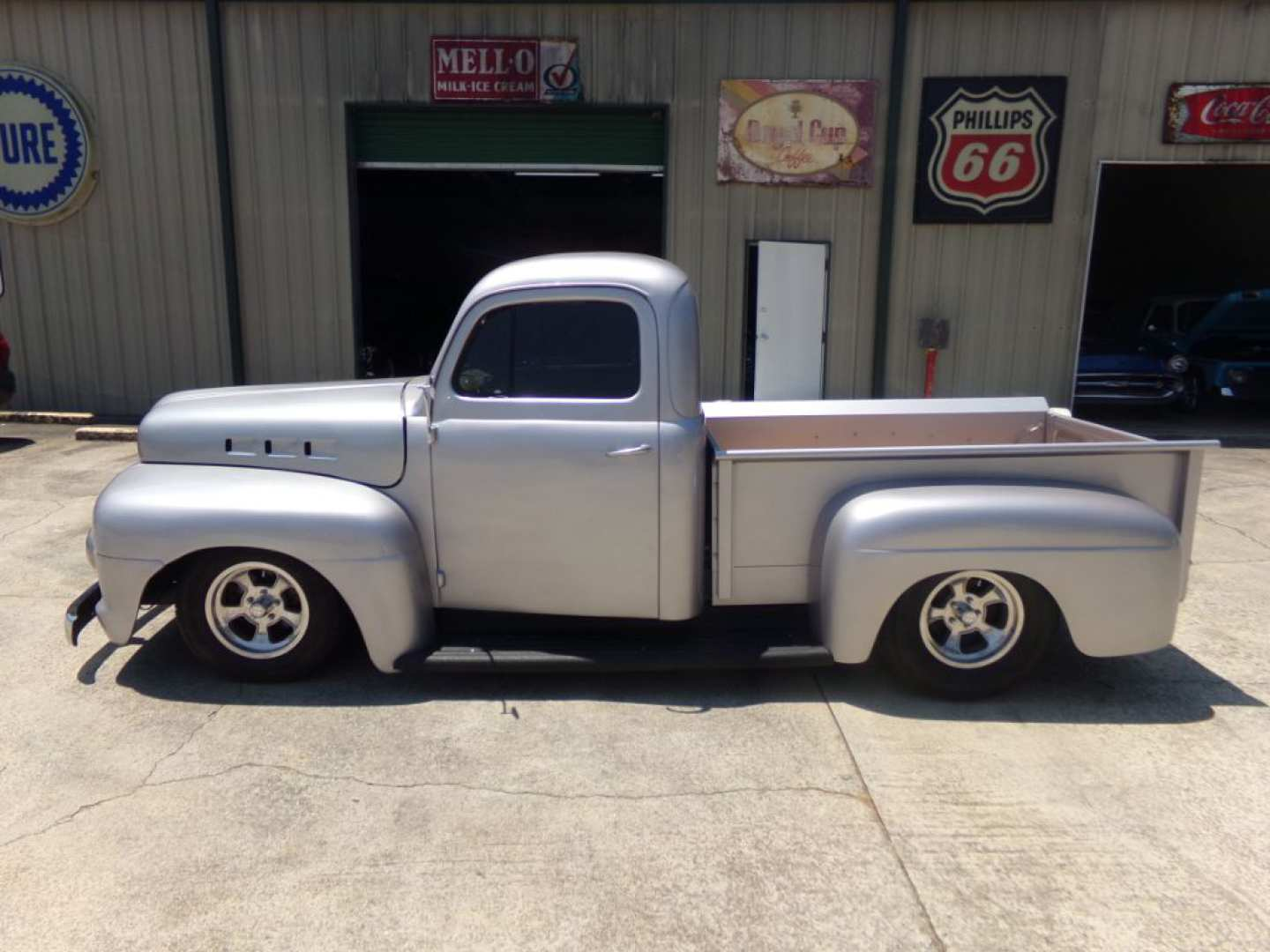 22nd Image of a 1951 FORD F-1