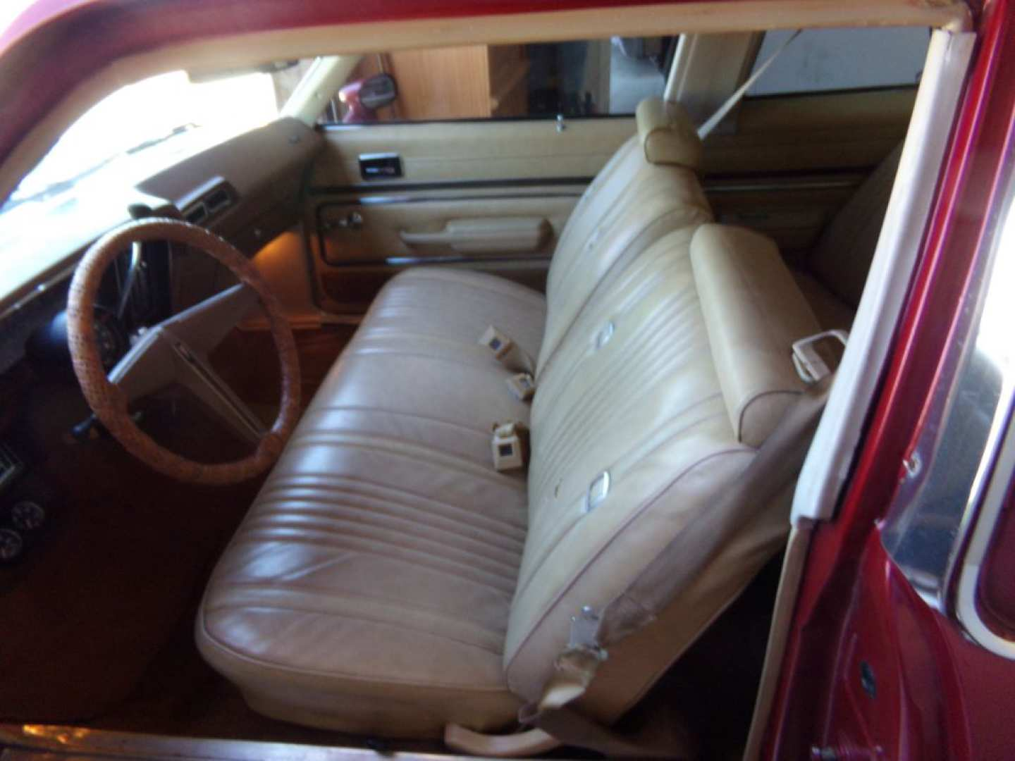 11th Image of a 1976 PONTIAC VENTURA SJ