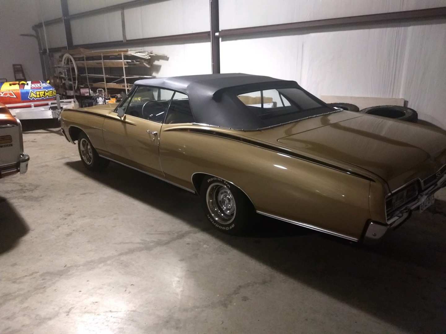 2nd Image of a 1967 CHEVROLET IMPALA