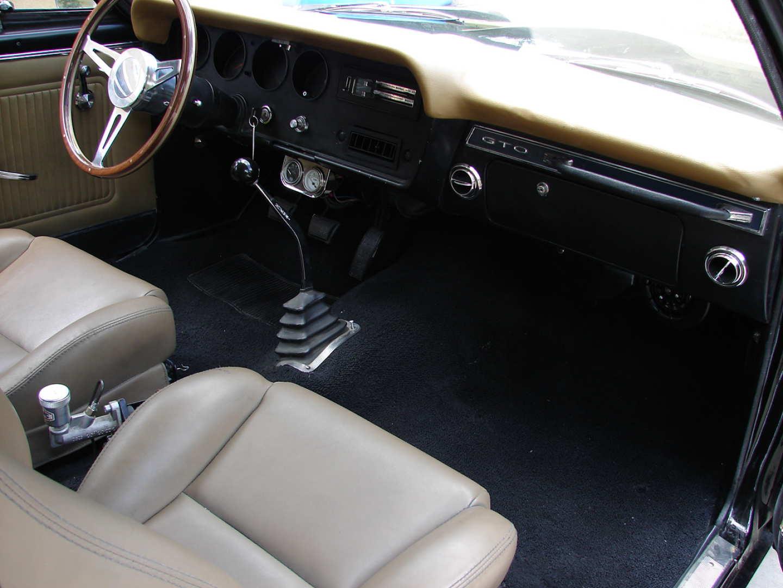 3rd Image of a 1966 PONTIAC GTO LS3