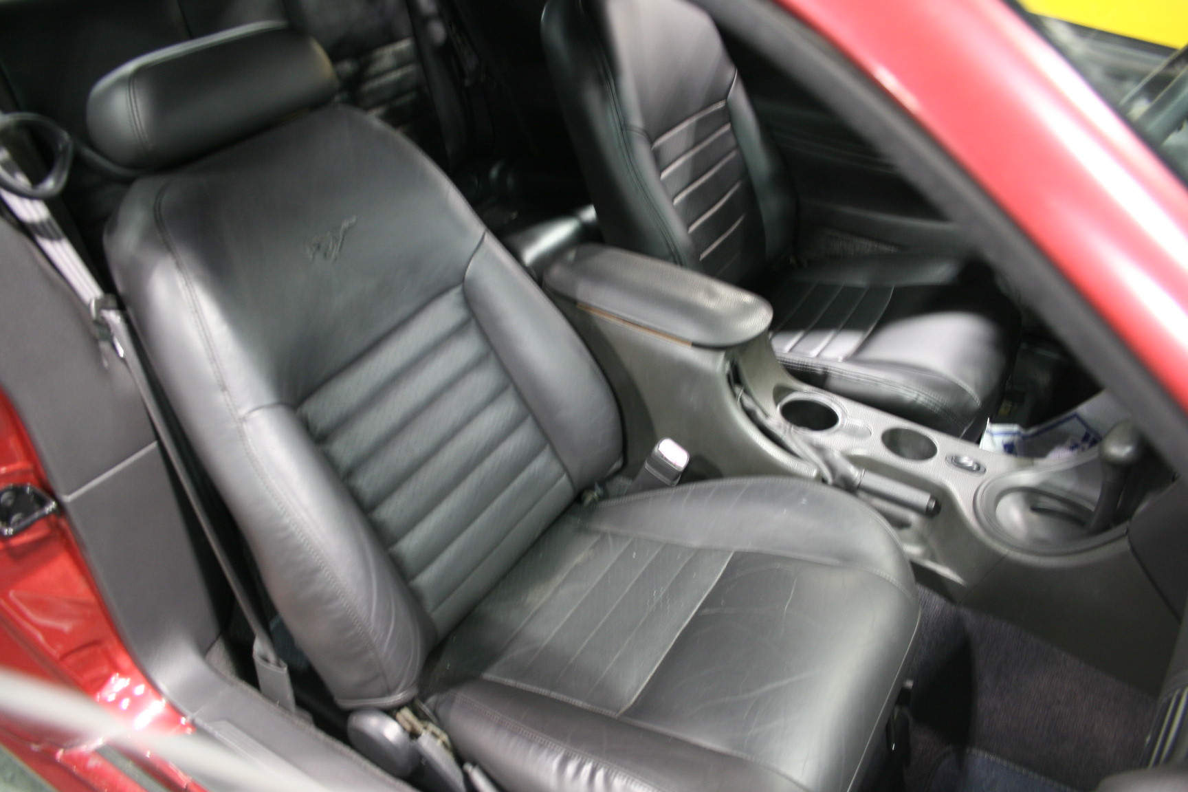 8th Image of a 2002 FORD MUSTANG
