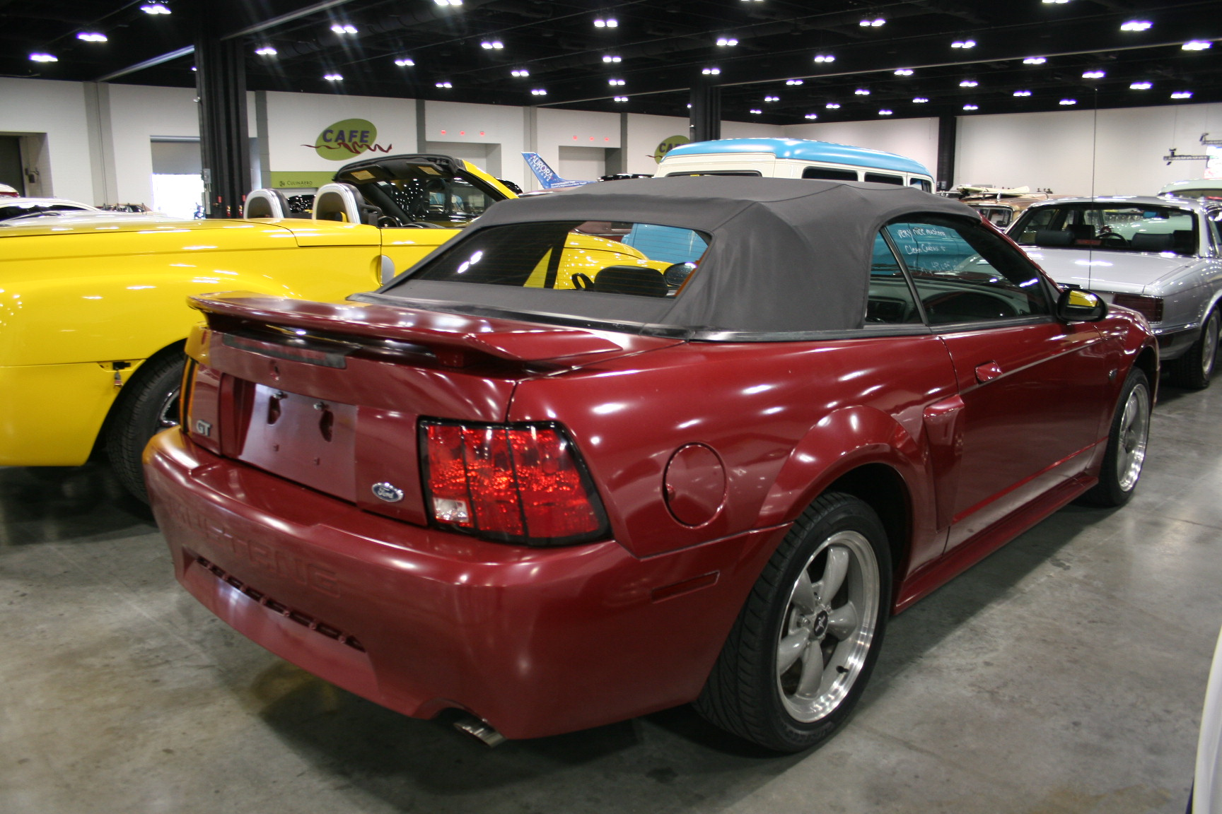 2nd Image of a 2002 FORD MUSTANG