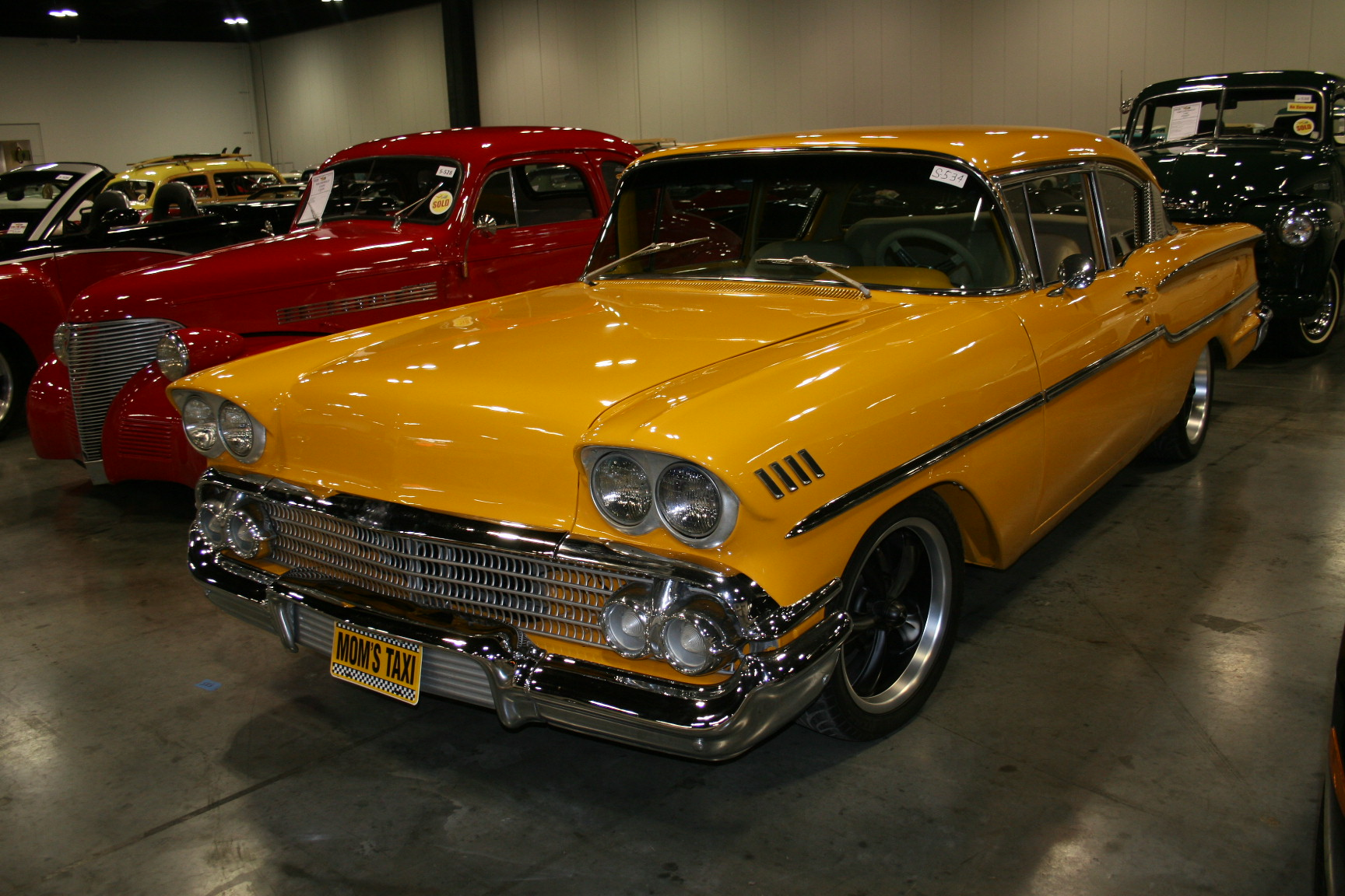 4th Image of a 1958 CHEVROLET BISCAYNE 2DR