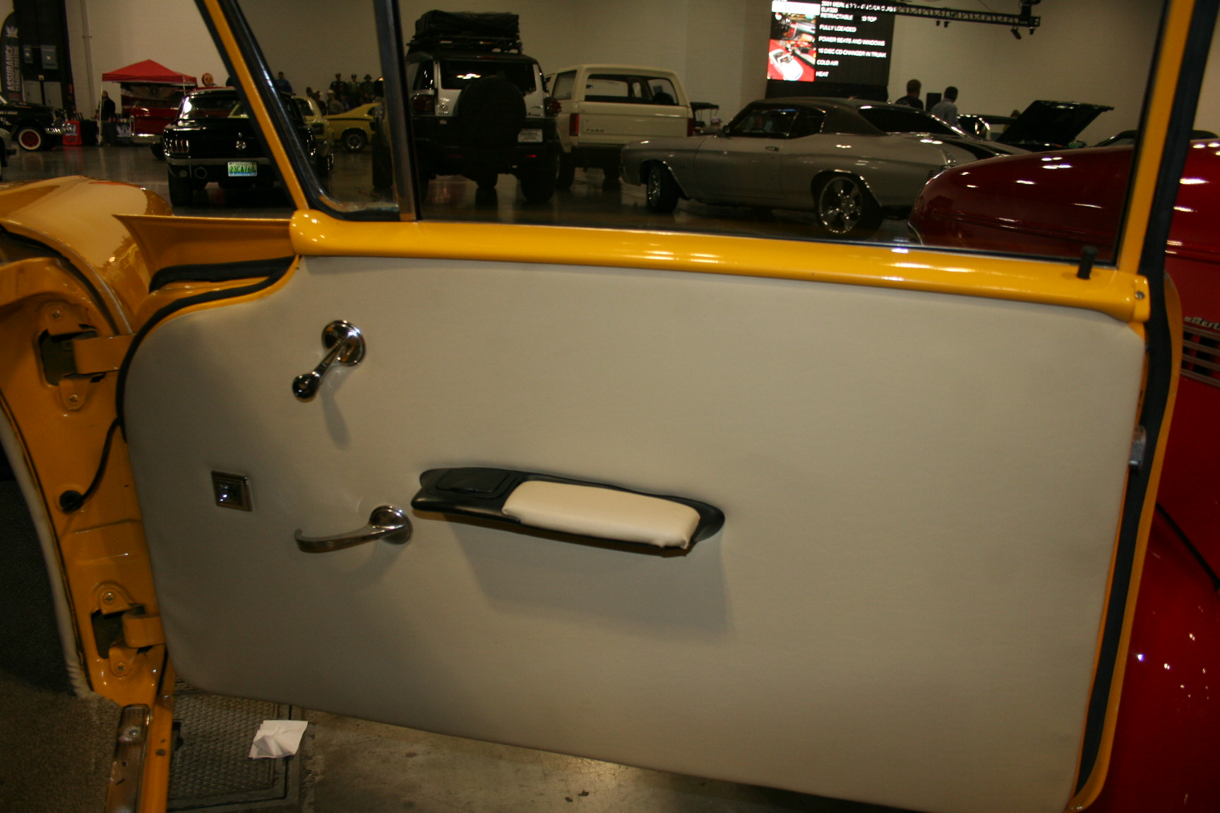 13th Image of a 1958 CHEVROLET BISCAYNE 2DR