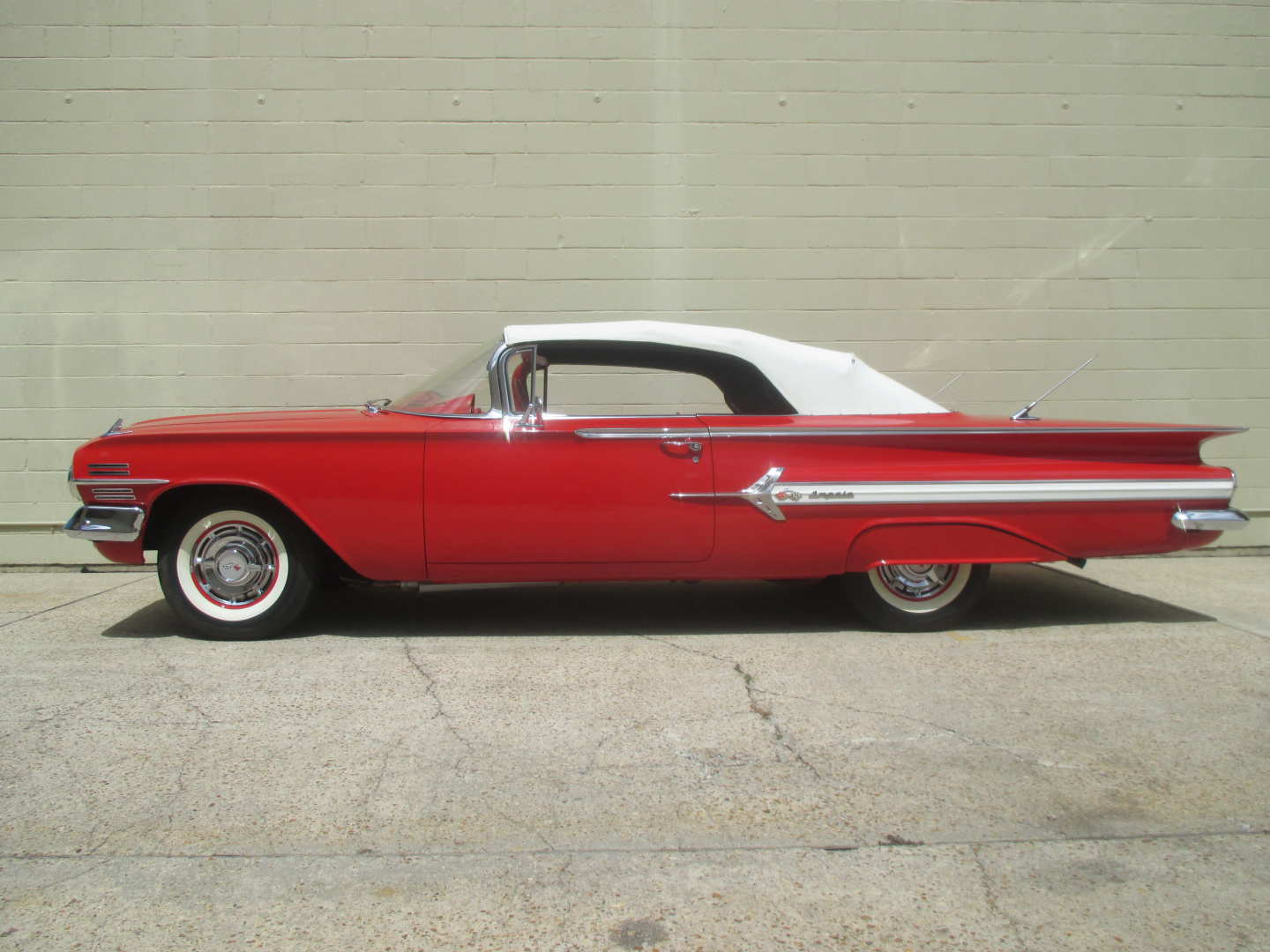 2nd Image of a 1960 CHEVROLET IMPALA