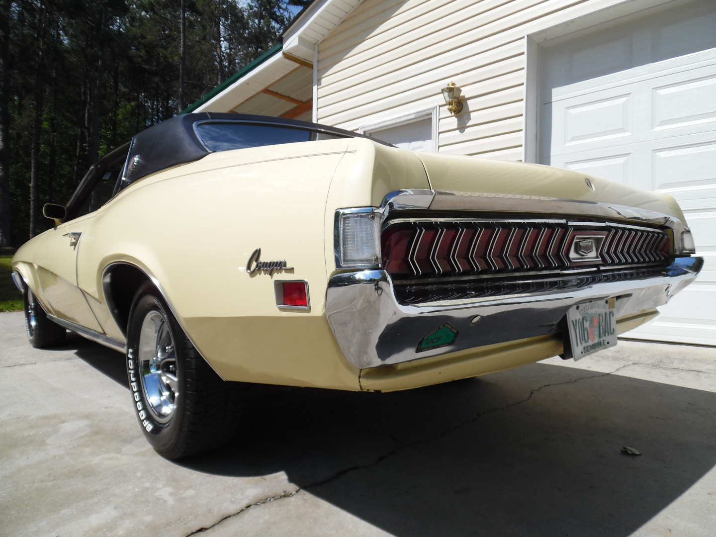 3rd Image of a 1970 MERCURY COUGAR XR7