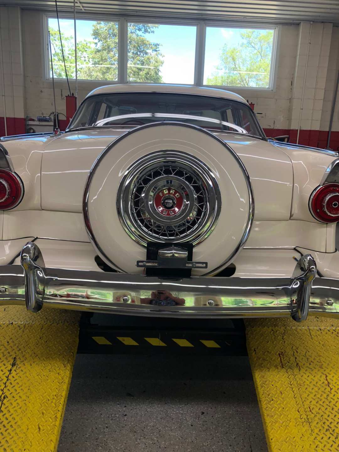 5th Image of a 1956 FORD CROWN VICTORIA