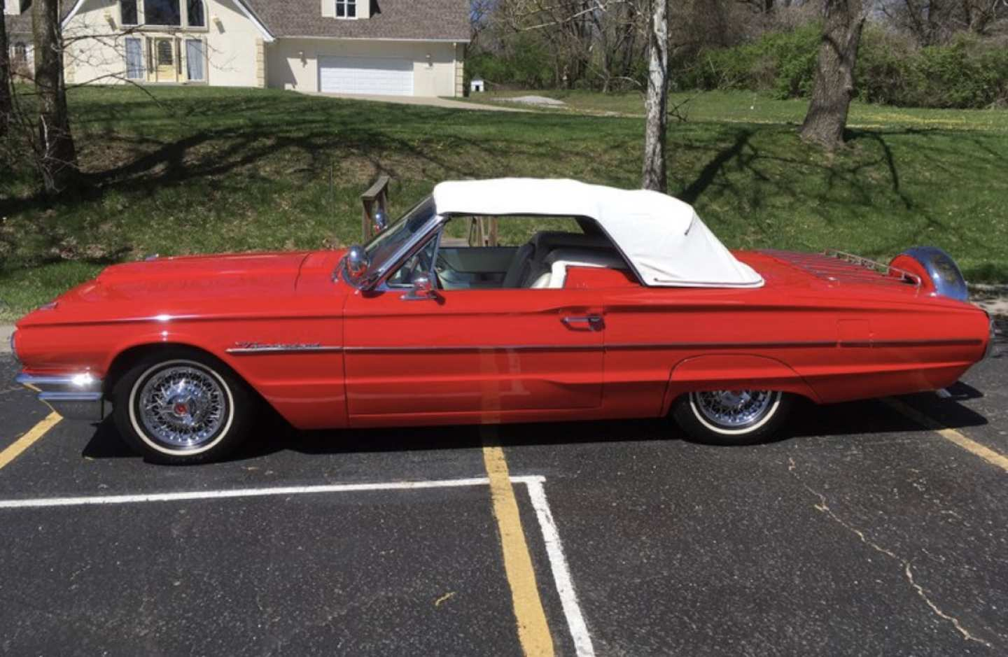 2nd Image of a 1964 FORD THUNDERBIRD