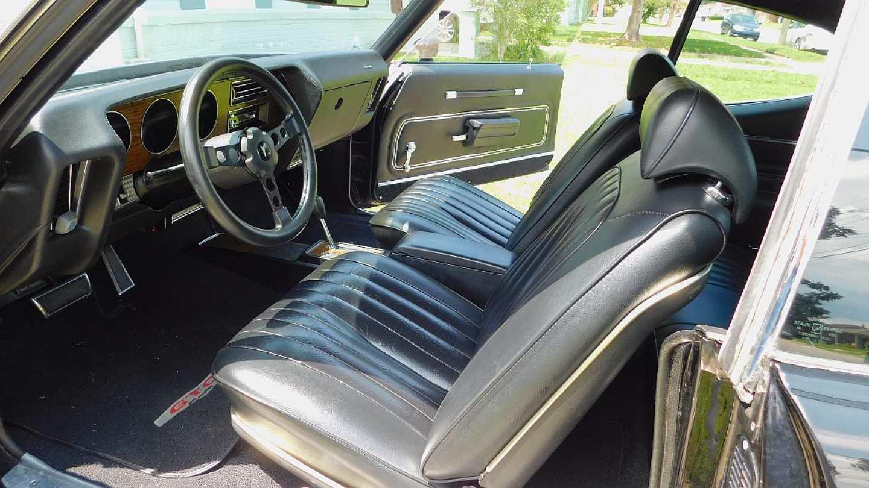 2nd Image of a 1972 PONTIAC GTO