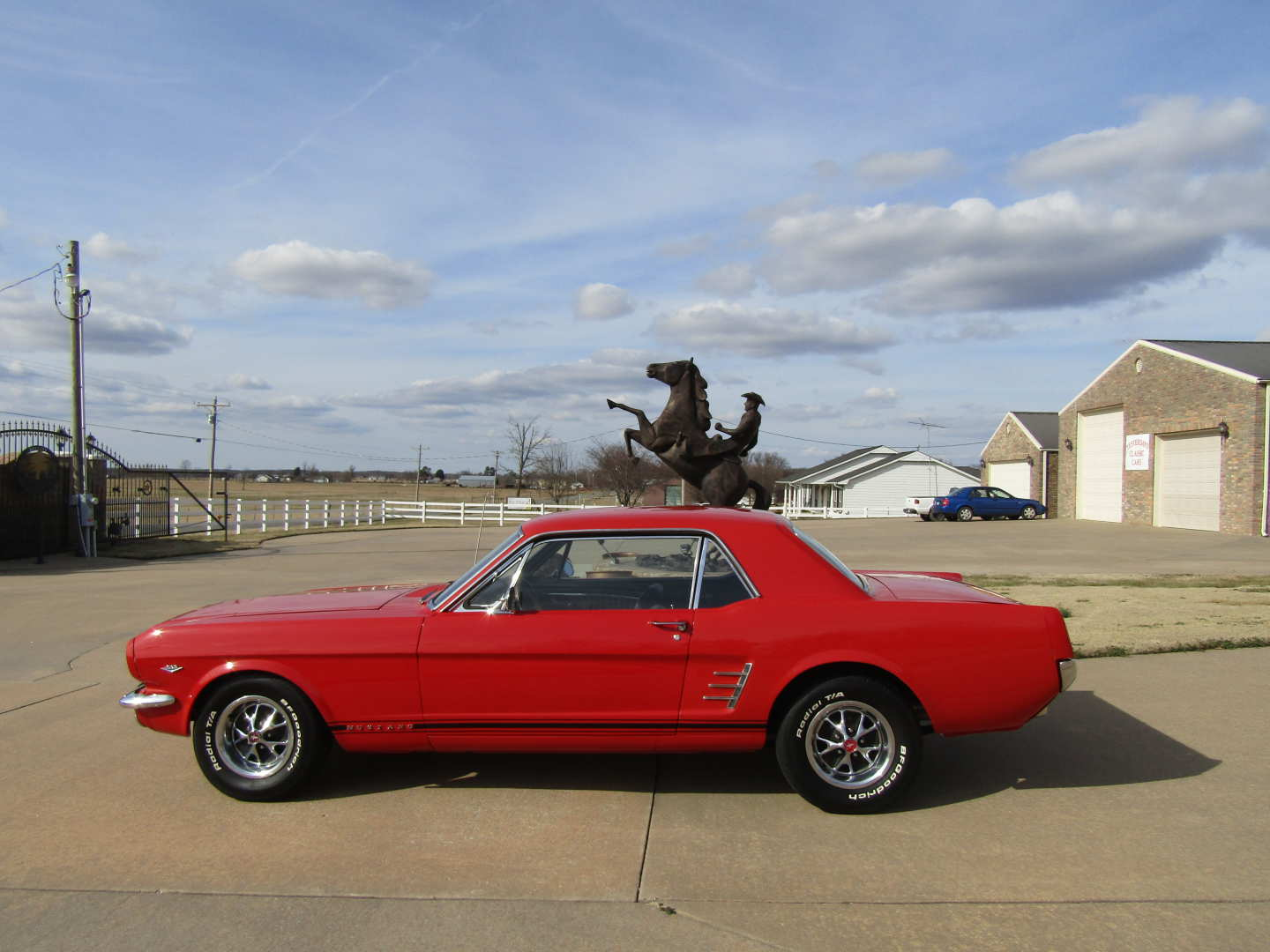 7th Image of a 1966 FORD MUSTANG
