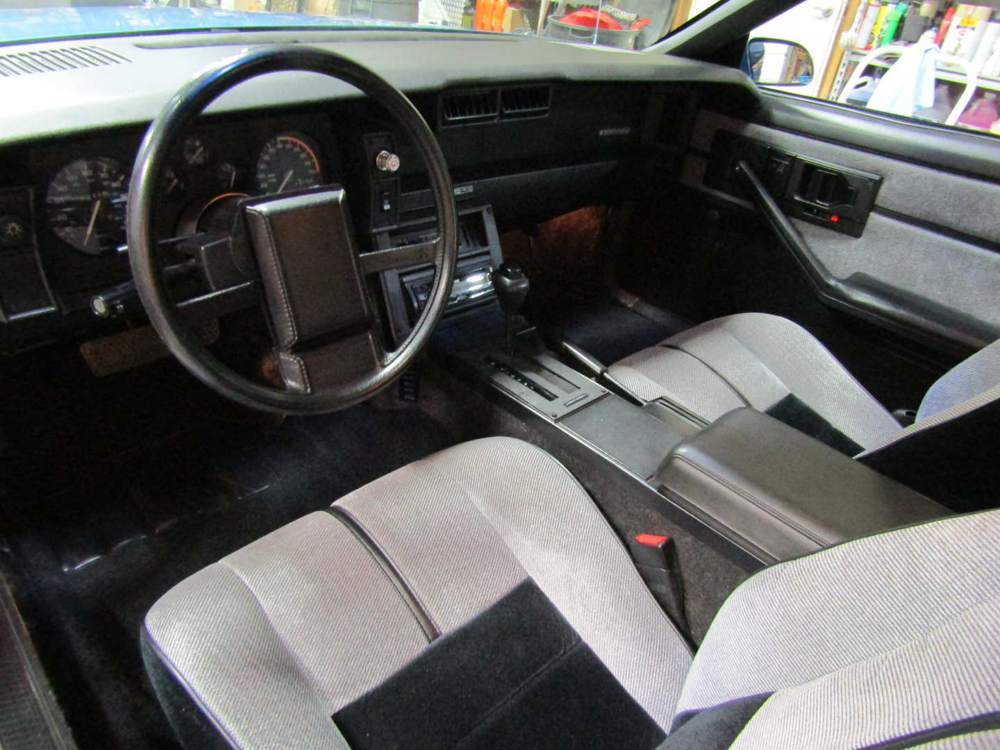 5th Image of a 1989 CHEVROLET CAMARO RS