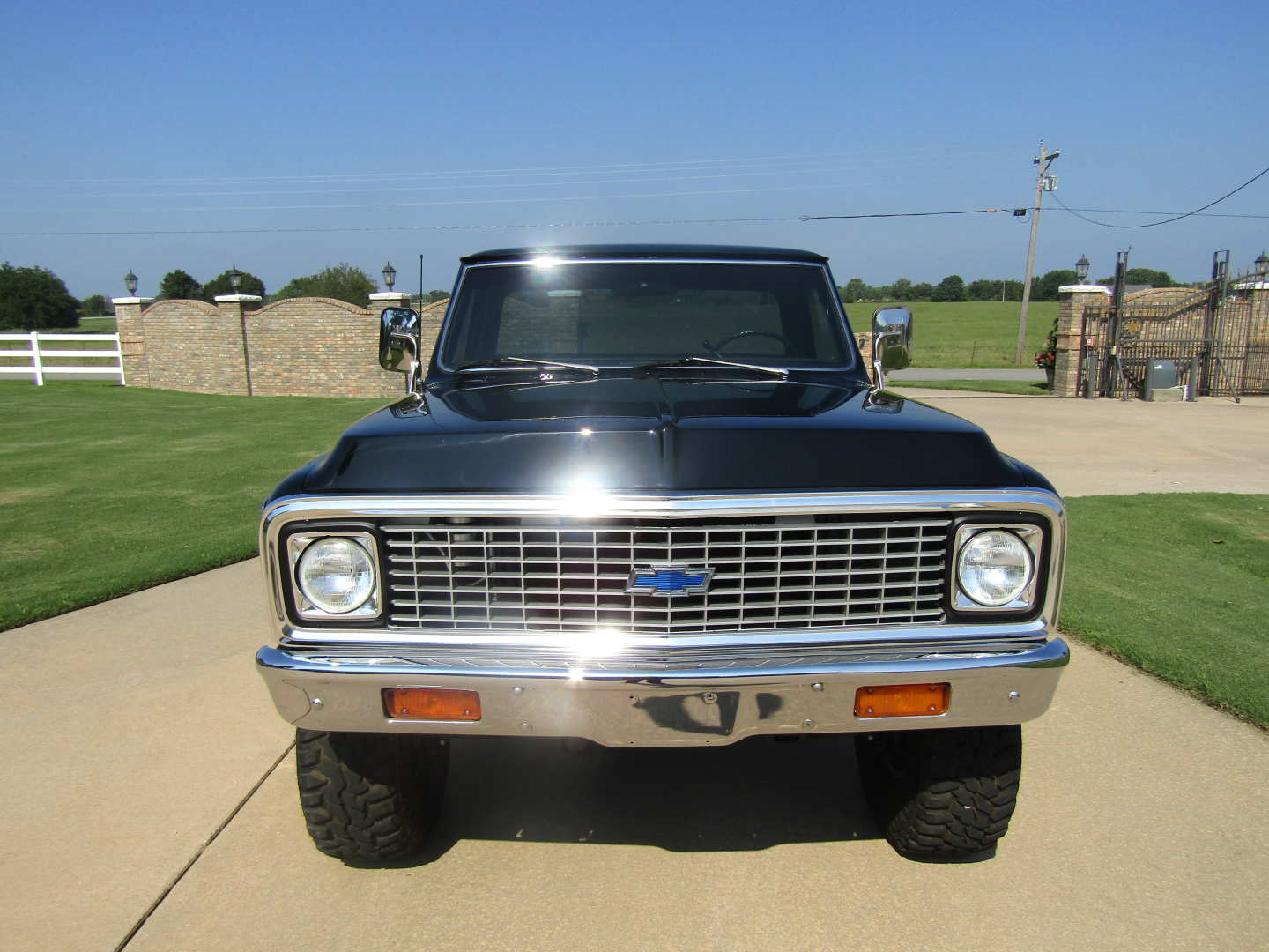 3rd Image of a 1972 CHEVROLET CHEYENNE SUPER