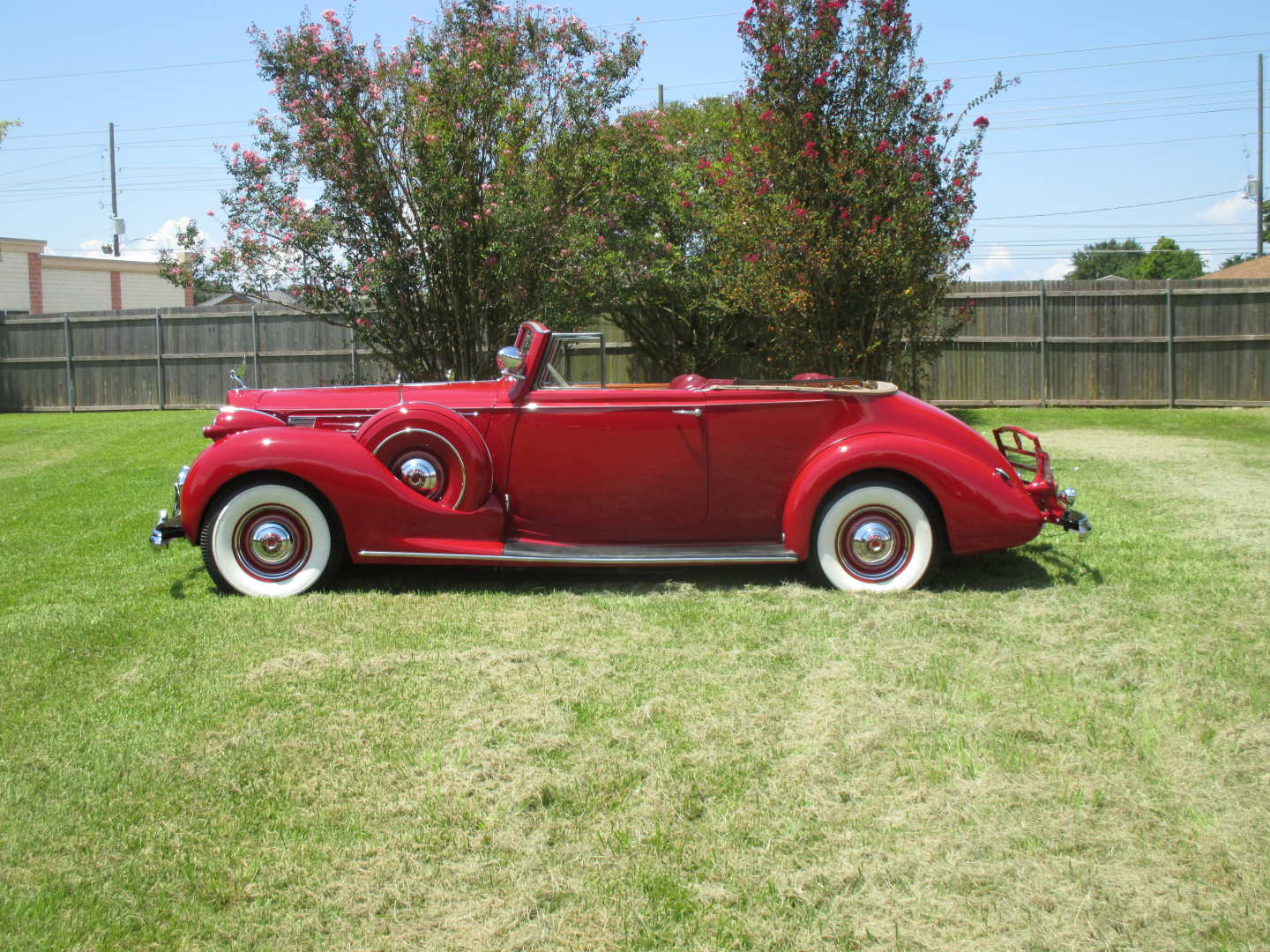 4th Image of a 1938 PACKARD TWELVE VICTORIA