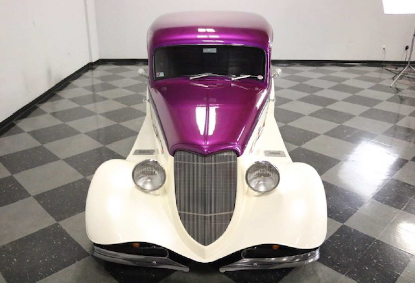 3rd Image of a 1933 FORD VICKY