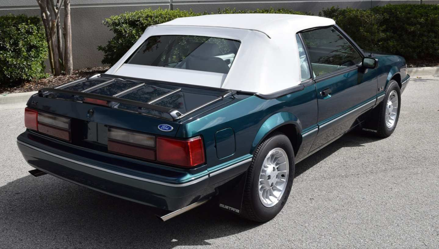 6th Image of a 1990 FORD MUSTANG LX