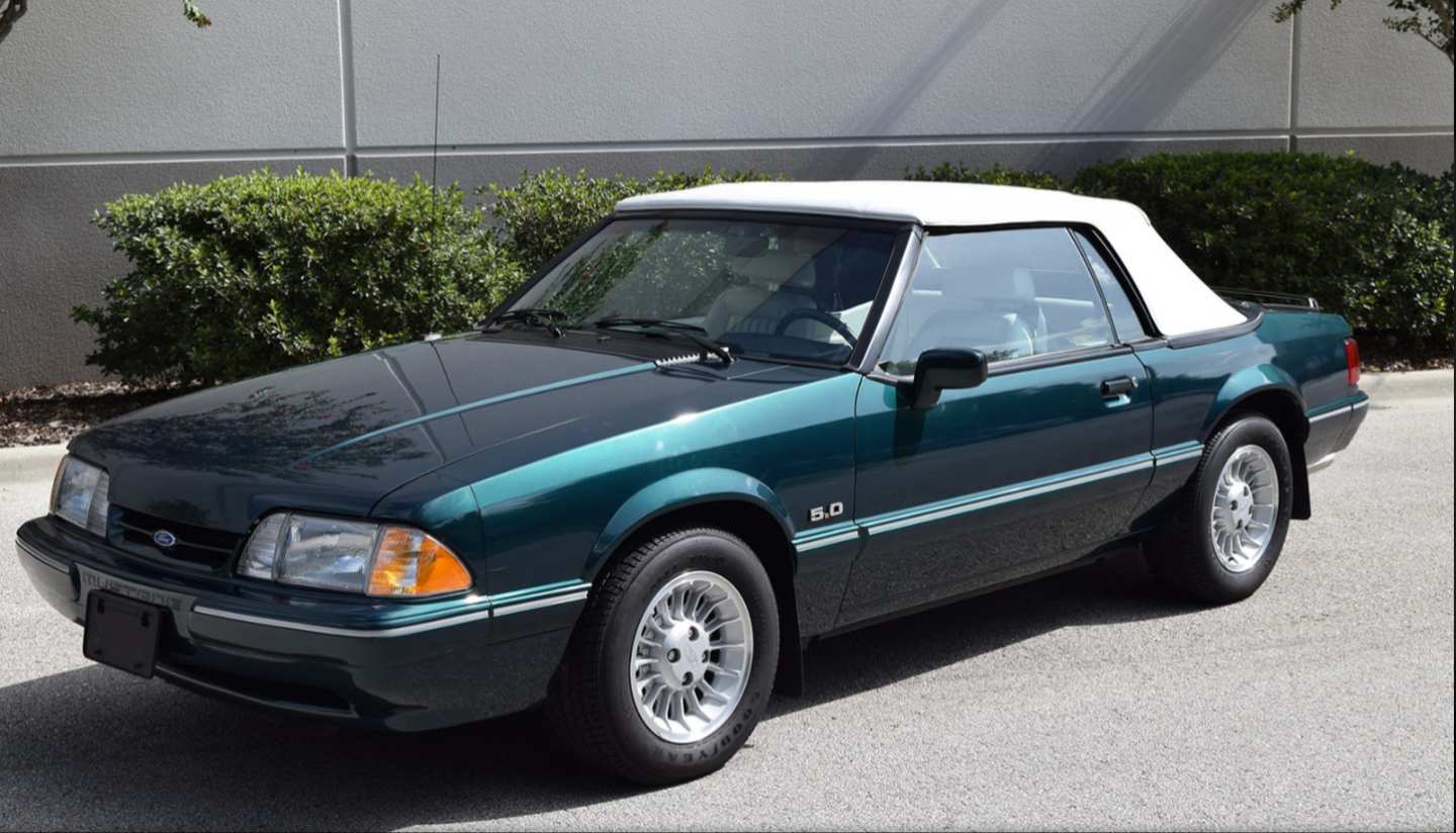 8th Image of a 1990 FORD MUSTANG LX