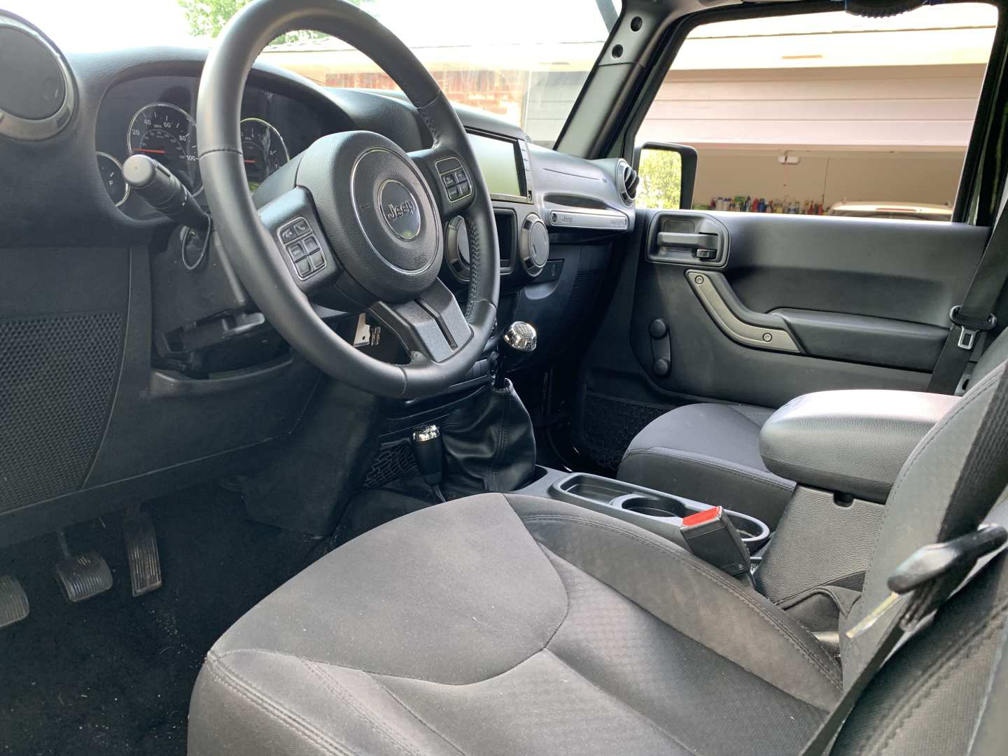 7th Image of a 2015 JEEP WRANGLER UNLIMITED SPORT