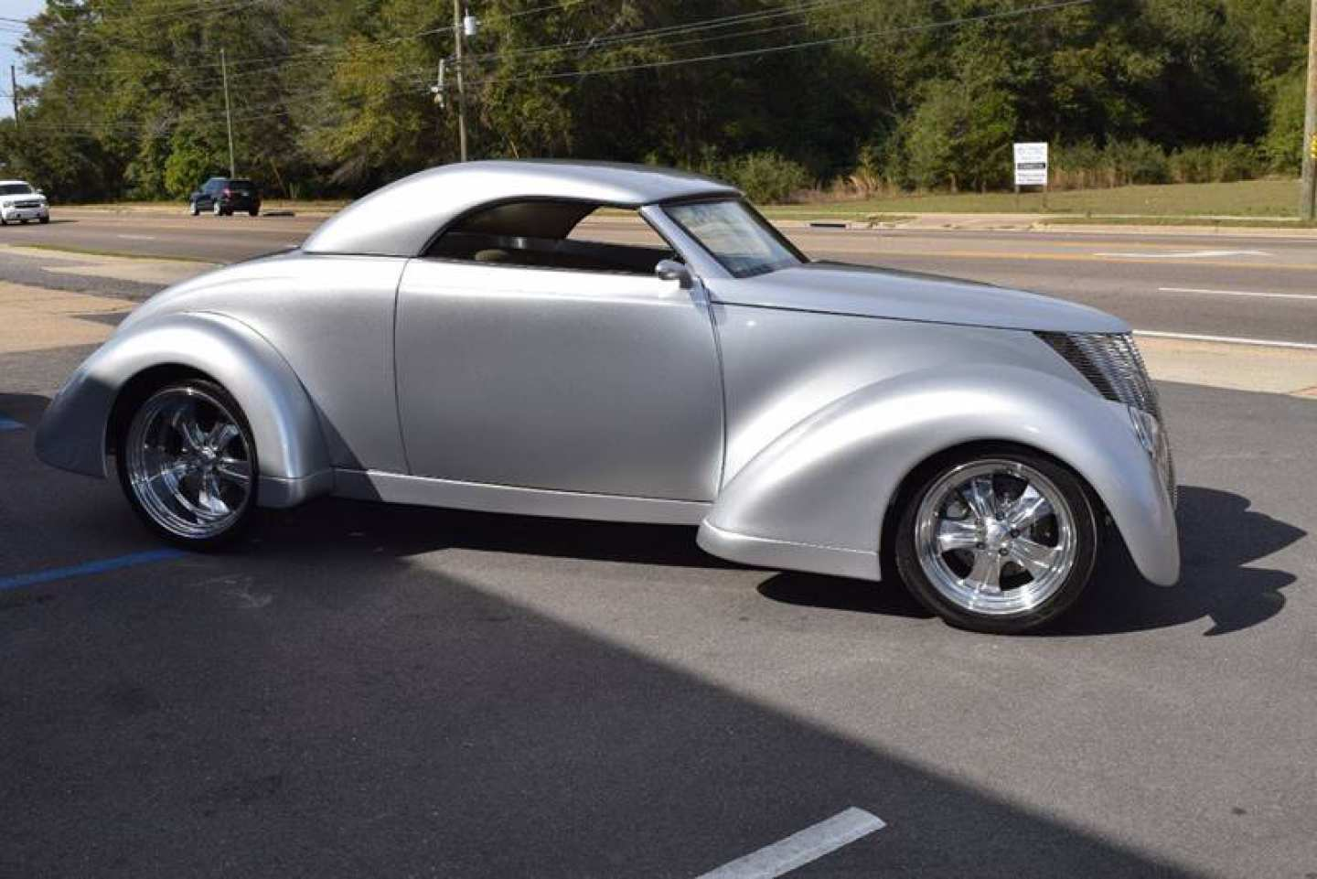 1st Image of a 1937 FORD CUSTOM