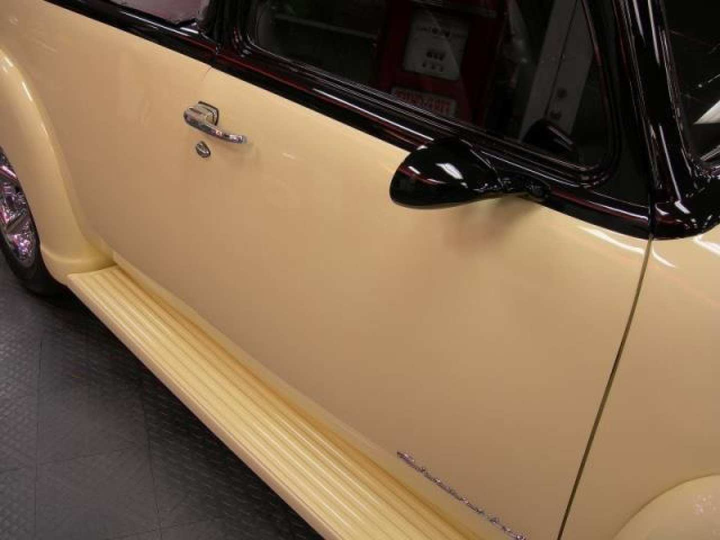 16th Image of a 1950 CHEVROLET 5 WINDOW