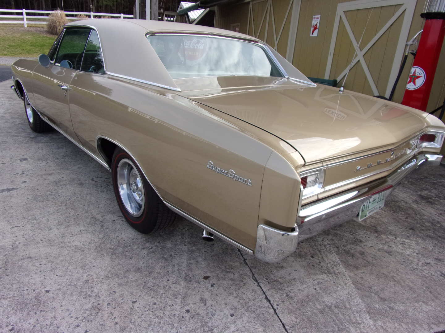 2nd Image of a 1966 CHEVROLET CHEVELLE