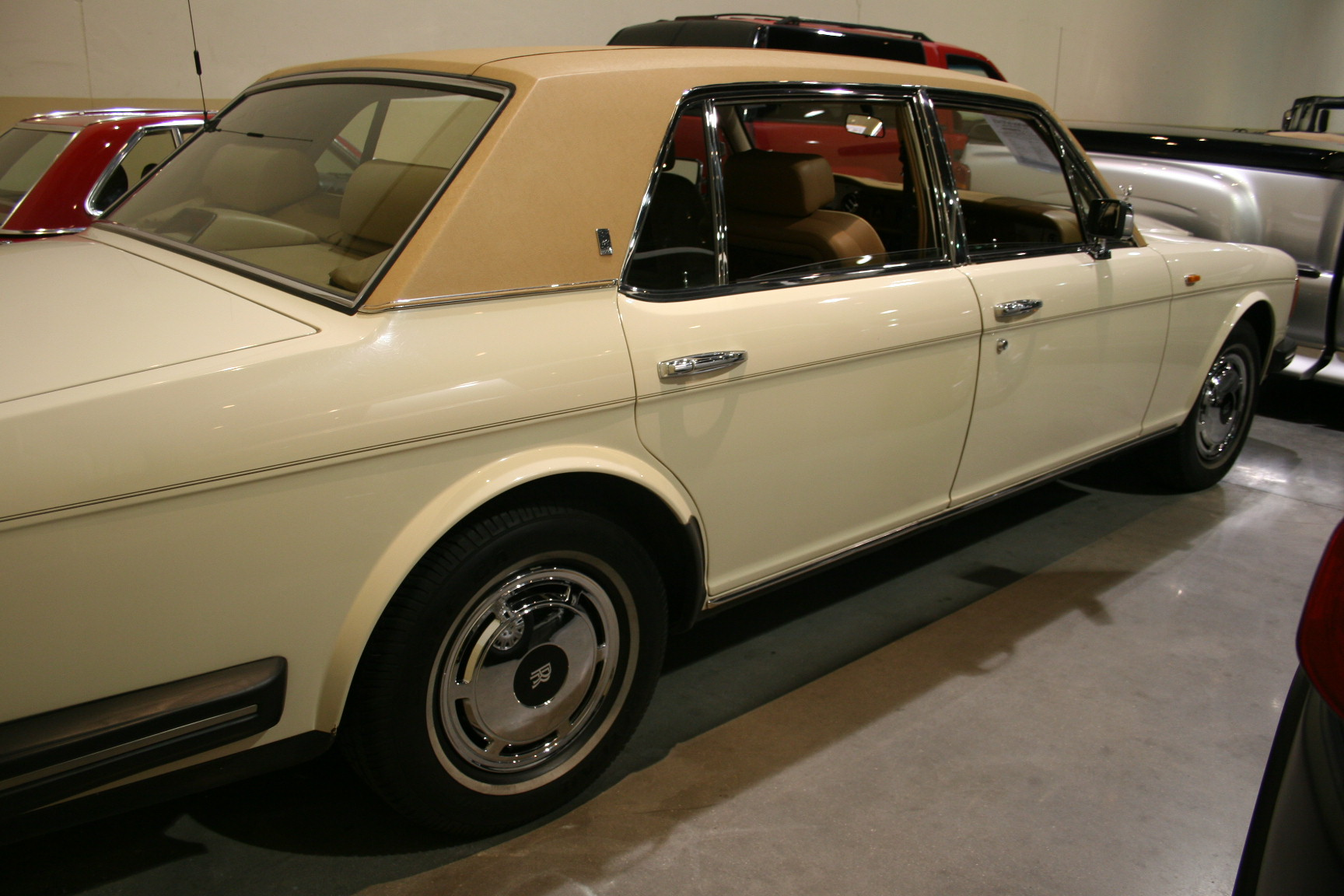 15th Image of a 1988 ROLLS ROYCE SILVER SPUR