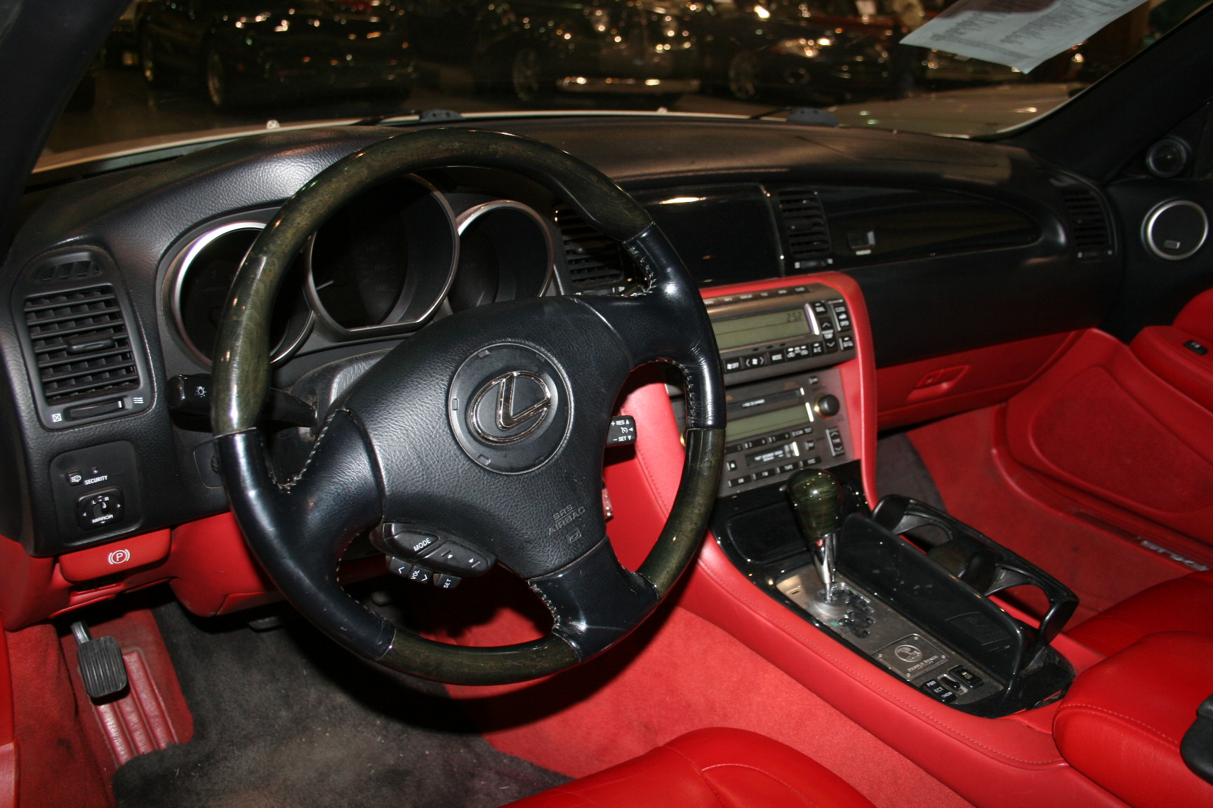 11th Image of a 2007 LEXUS SC 430