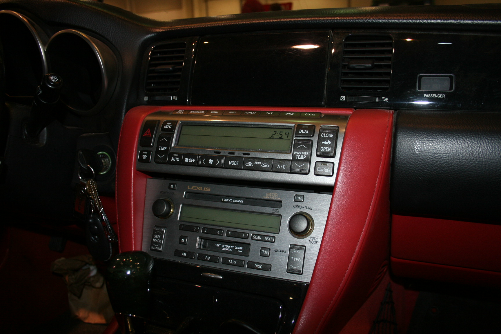 7th Image of a 2007 LEXUS SC 430