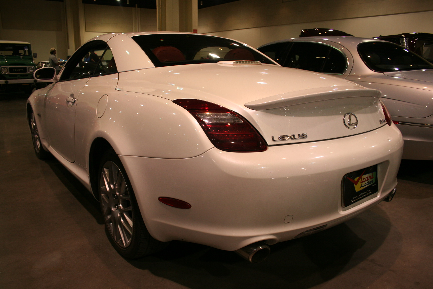 8th Image of a 2007 LEXUS SC 430
